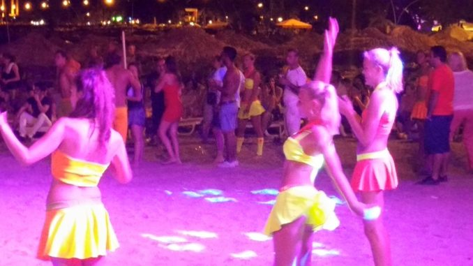 Beach party on Icmeler beach